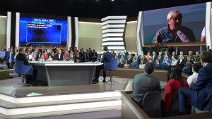 Vladimir Putin under frågestunden i tv.