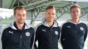 Jesper Engström, Sebastian Strandvall och Petri Vuorinen vid stadion i Sandviken där de möter Bröndby IF på torsdag.
