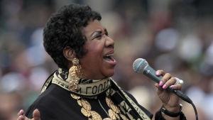 Aretha Franklin sjunger