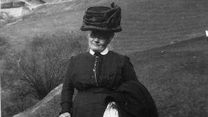 Edith Södergrans mamma Helena Södergran i Schweiz.