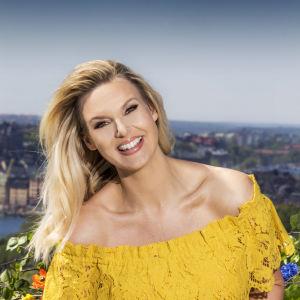 Sanna Nielsen i gul klänning