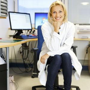 Läkare Milla Rosengård-Bärlund, specialist i inremedicin