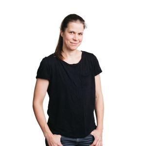 Kati Salovaara, kontrabasso