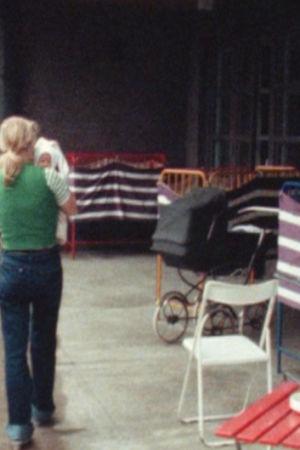 Ung mamma med barn