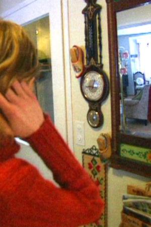 Flicka vid spegel, Yle 1997