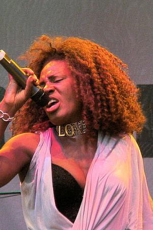 Tanya Evans från Culture Beat på scen 2007.