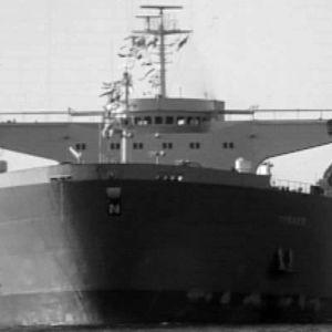 Neste Oy:n supertankkeri Tiiskeri saapumassa Sköldvikiin toukokuussa 1970.