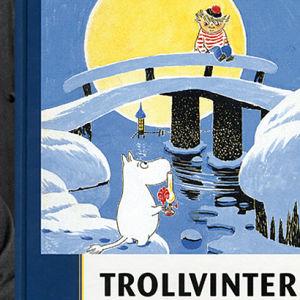 Tove Jansson och bokpärmen till Trollvinter, Yle Schildst & Söderströms