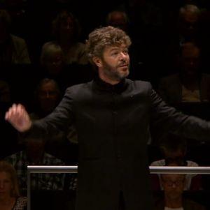 Pablo Heras-Casado johtaa Radion sinfoniaorkesteria Musiikkitalossa 21.9.16