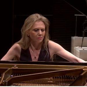 Laura Mikkola RSO:n solistina