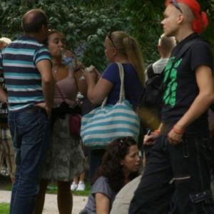 Ihmisjoukko Helsingissä