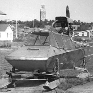Lumikelkka Haapasaaressa vuonna 1964.