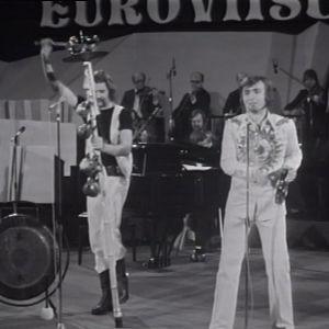 Jukka Kuoppamäki esiintyy euroviisukarsinnoissa 1974
