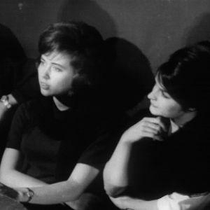 Old House Jazz Clubin naisyleisöä tv-filmissä Jazzia vanhassa talossa (1961).
