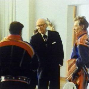Sammeli Morottaja tapaa presidentti Urho Kekkosen 1976