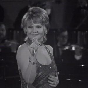 Ritva Oksanen laulaa Euroviisujen karsinnoissa 1974