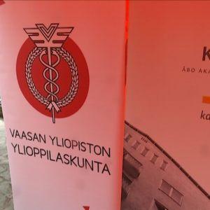 Vasa Studerande rf för samman finsk- och svenskspråkiga.