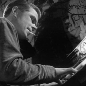 Lasse Mårtenson soittaa pianoa Old House Jazz Clubissa tv-filmissä Jazzia vanhassa talossa (1961).
