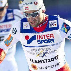 Petter Northug fick nöja sig med en åttonde plats på femmilen.
