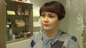 Karoliina Kärkkäinen är kosmetolog.