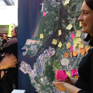 Uusi kaupunki -kollektiivin kaupunkisuunnittelutyöpajasta Oulusta