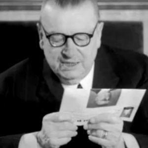 Juho Kusti Paasikivi pitää puhetta ohjelmassa Helsinki valmistautuu olympialaisiin 1952.