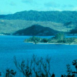 Saaria ja vettä Uudessa-Seelannissa
