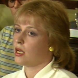Pankkivirkailija Anne Hämäläinen kertoo panttivankidraaman tapahtumista (Uutiset ja sää 11.8.1986)