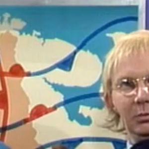 Pirkka-Pekka Petelius Hymyhuulet-ohjelmassa.
