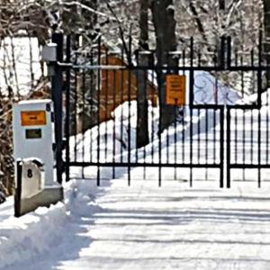 Porten till Königstedt gård.