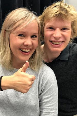 Toimittaja Riikka Holopainen ja kapellimestari Eerro Lehtimäki