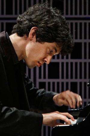 Pianisti Jun Bouterey-Ishido