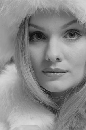Emma Sandström som ung Catherine Deneuve.