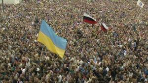Mielenosoitus Moskovassa elokuussa 1991