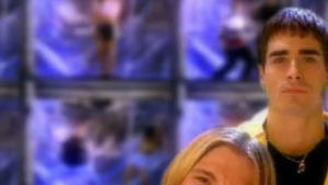 Kuvakaappaus Backstreet Boysin musiikkivideosta Get Down
