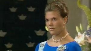 Kruununprinsessa Victoria 18-vuotiaana.