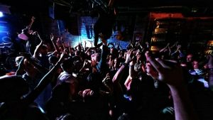 Satellite Stories esiintyi Madridissa loppuunmyydyssä Moby Dick -klubissa