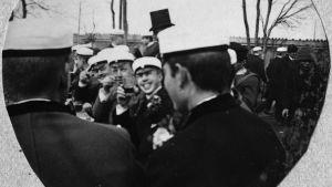 Vappen 1892 i Helsingfors.