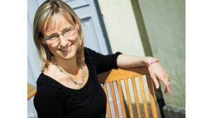Micaela Romantschuk-Pietilä är verksamhetsledare på Hem och Skola