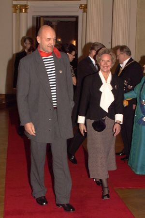 1843c4b85036 Klaus Bremer på väg in i presidentens slott