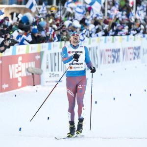 Sergej Ustiugov vinner skiathlon, VM 2017.