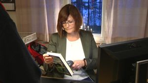 Biblioteksfunktionär Karita Lindgård
