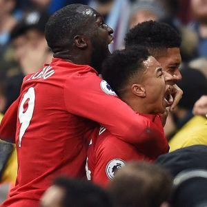 Manchester United jublar.