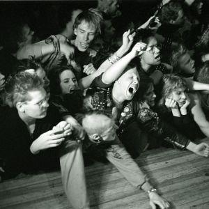 Exploited-yhtyeen konsertti Lepakossa 1983