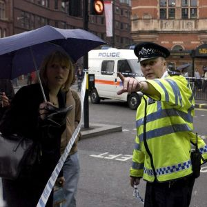 Tågstationen Charing Cross nära Trafalgar Square i London evakuerades på grund av bombhot