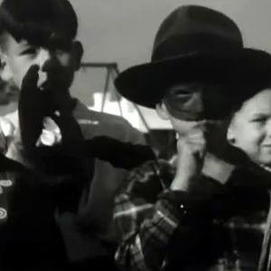 Amerikkalaisia halloween-juhlijoita (1949).