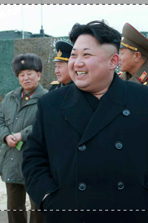 Pohjois-Korean Kim Jong-Un ja kenraalit.