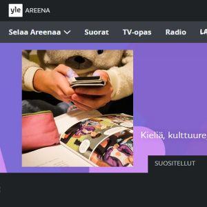 Yle Oppimisen kuvake tai logo Areenassa, päällä kuva koululaisesta jolla kännykkä kädessä