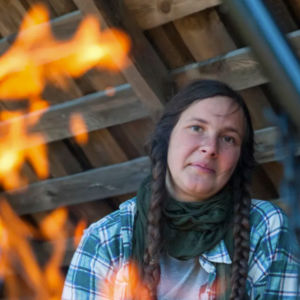 Charlotte Arnswald som bodde i skogen i Finland.
