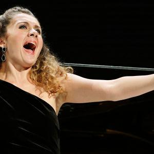 Romanialainen sopraano Iulia Maria Dan.